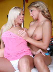 Nikki Sexx & Ahryan Astyn:Friend, Couch, Garage, Outdoors, Big Ass, Blonde, Blow Job, Facial, Fake Tits, Girl on Girl, High Heels, Piercings, Shaved, Tattoos, Threesome BGG
