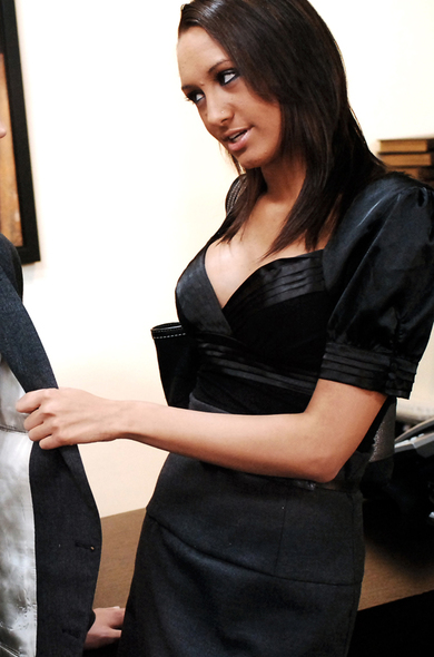 Pornstar Halia Hill - Big Fake Tits videos by Naughty America