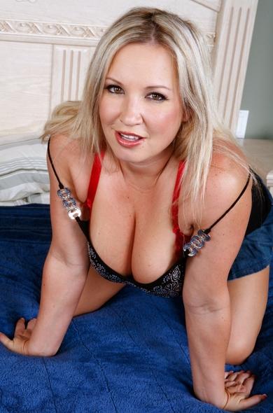 Pornstar Rachel Love - Ball licking videos by Naughty America