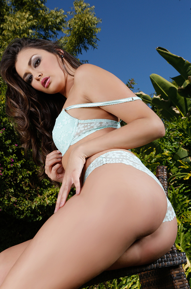 Your favorite pornstar Allie Haze has a Hairy, Outie Pussy & Small Real Tits