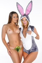 Jada Stevens and Dani Daniels Fuck Like Rabbits!!!