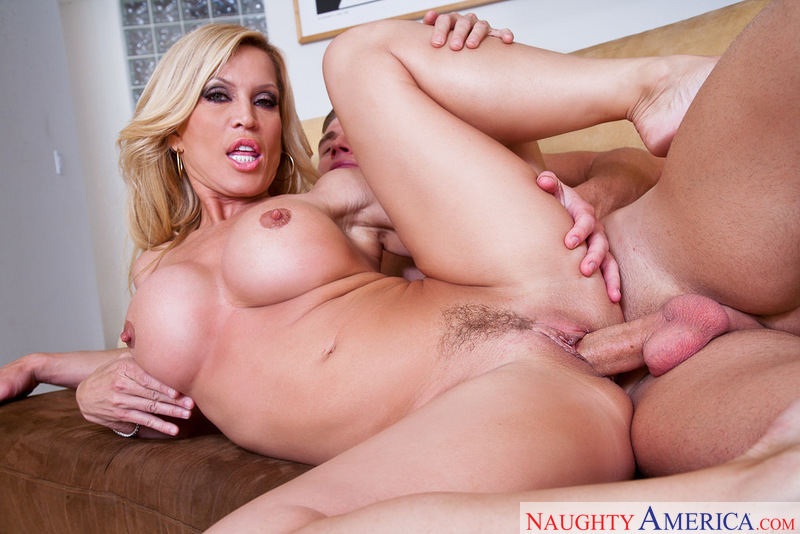 Porn star Amber Lynn fucking hard