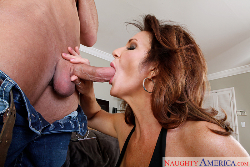 Porn star Deauxma fucking hard