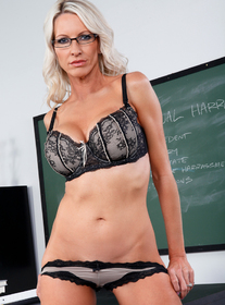 Emma Starr:Professor, Teacher, Classroom, Desk, Big Tits, Blonde, Blow Job, Cum on Tits, Fake Tits, Glasses, High Heels, Mature, Shaved, Stockings, Tattoos