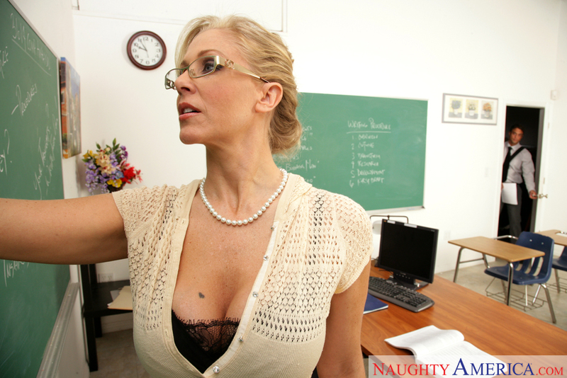 Porn star Julia Ann getting ready