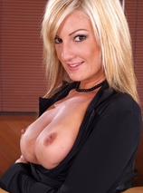 Val Malone Porn Videos