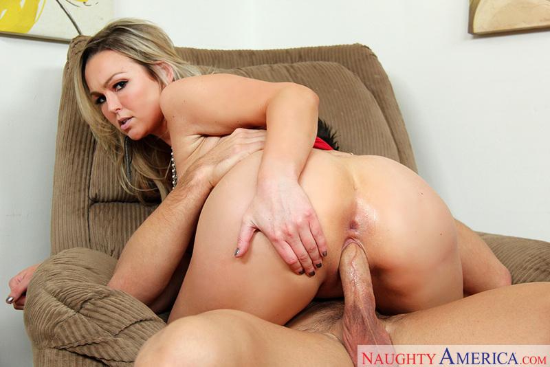 Порно фото эбби брукс