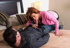 Veronica Avluv sex position1