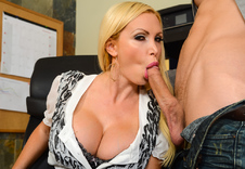 Nikki Benz blowjob