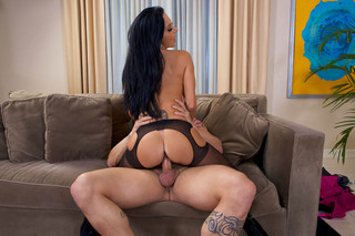 Ava Addams & Derrick Pierce in Dirty Wives Club - Dirty Wives Club - Sex Position #5