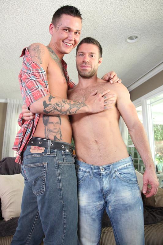 Sebastian Fischer & Tristan Jaxx in I'm a Married Man - Suite 703 - Centerfold