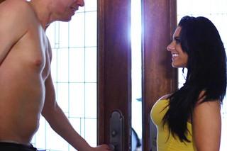 Bella Reese & Mark Wood in Milf Sugar Babes - Milf Sugar Babes - Sex Position #3