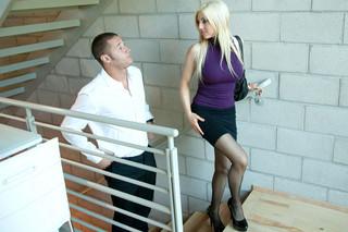 Christie Stevens & Danny Mountain in Milf Sugar Babes - Milf Sugar Babes - Sex Position #2