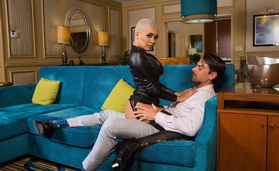 Aaliyah Hadid & Ryan Driller in Tonight's Girlfriend - Tonight's Girlfriend - Sex Position #1