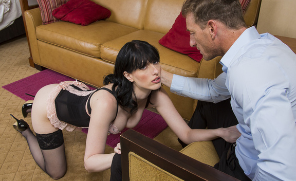 Alex Harper & Ryan Mclane in Tonight's Girlfriend - Tonight's Girlfriend - Sex Position #1