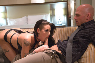Christy Mack & Johnny Sins in Tonight's Girlfriend - Tonight's Girlfriend - Sex Position #2