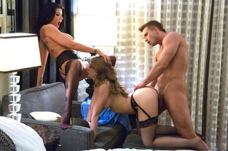Kagney Linn Karter, Romi Rain & Bill Bailey  in Tonight's Girlfriend - Tonight's Girlfriend - Sex Position #10