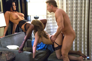 Kagney Linn Karter, Romi Rain & Bill Bailey  in Tonight's Girlfriend - Tonight's Girlfriend - Sex Position #11