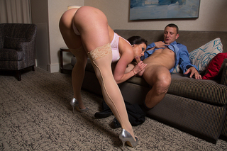 Kendra Lust & Mr. Pete in Tonight's Girlfriend - Tonight's Girlfriend - Sex Position #5