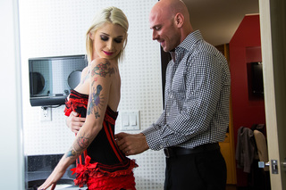 Kleio Valentien & Johnny Sins in Tonight's Girlfriend - Tonight's Girlfriend - Sex Position #3