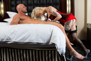 Kleio Valentien & Johnny Sins in Tonight's Girlfriend - Tonight's Girlfriend - Sex Position #6
