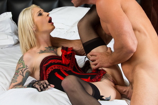 Kleio Valentien & Johnny Sins in Tonight's Girlfriend - Tonight's Girlfriend - Sex Position #9