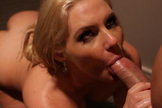 Phoenix Marie in Tonight's Girlfriend - Sex Position #2